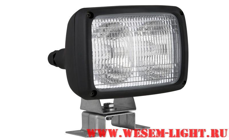 С регулировкой пучка света.  Лампа: H3, 2 штуки Размер: диаметр 161x111мм Цена 950руб Количество в комплекте...